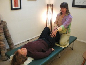 Carrie Lafferty doing private functional integration with Feldenkrais